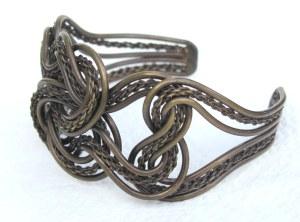 wire-bracelet-2